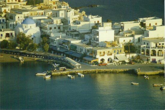 Apollon, Grecia: Αποψη από τον Καλόγερο