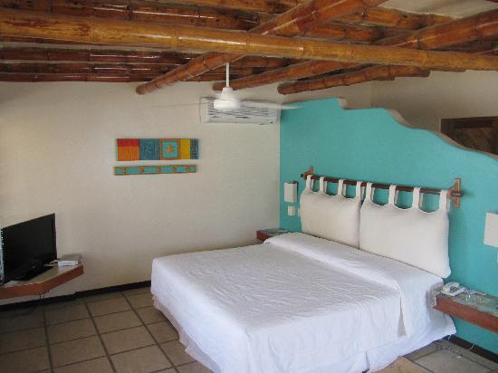 Punta Sal Suites & Bungalows Resort: la camera