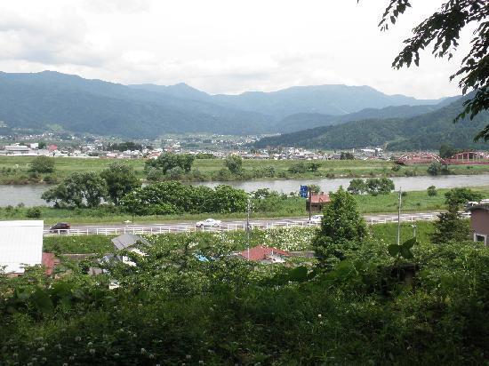 Iiyama, Giappone: 千曲川を臨む