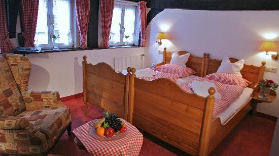 Romantik Hotel Ratskeller Wiedenbrück: Hotelzimmer Romantik Plus