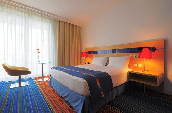 Park Inn by Radisson Abu Dhabi Yas Island: Guest room