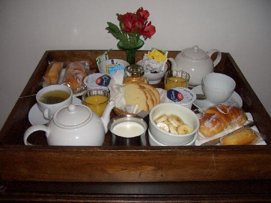 Room in Venice Bed and Breakfast: Breakfast tray.