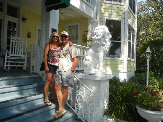 River Lily Inn Bed & Breakfast: We loved this The River Lilly Inn!!