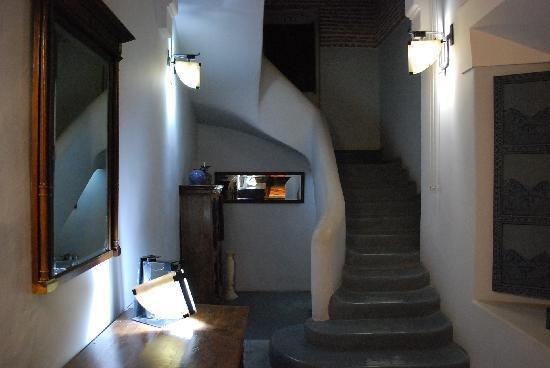 Riad Medea: scale per la terrazza