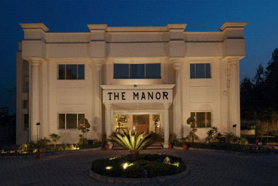 Kashipur, Indien: The Manor