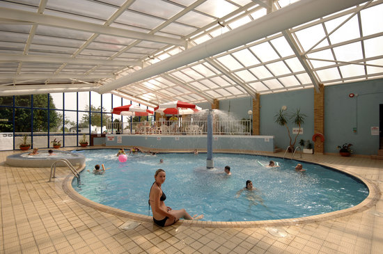 Seaview Holiday Village: Indoor Pool