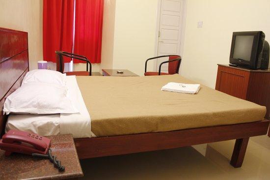 Sanjay Hotel