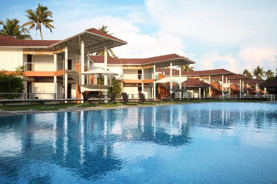 Edassery Kayal Resort