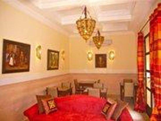 Riad rabahsadia b b marrakech maroc voir les tarifs for Salon zen rabat tarifs
