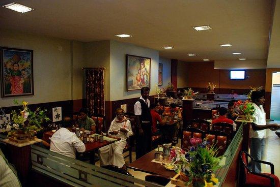MGR Regency Comfort Hotel
