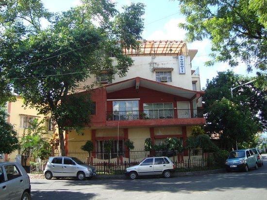 Pronoti Guest House