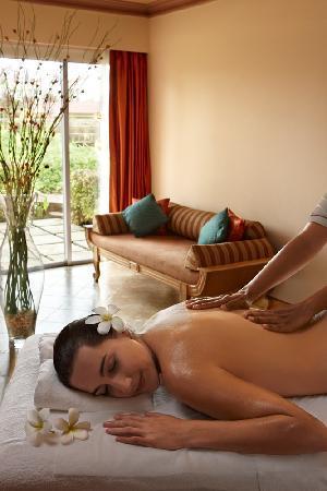 Utorda, India: Kenilworth Beach Resort & Spa
