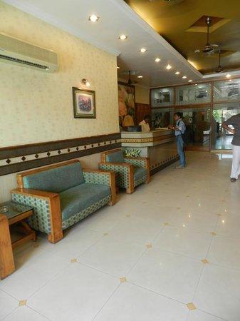 Shiv Dayal The Hotel: Shiv Dayal