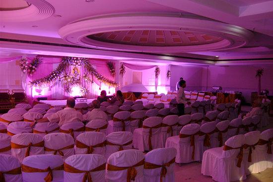 Kanha Continental Hotel