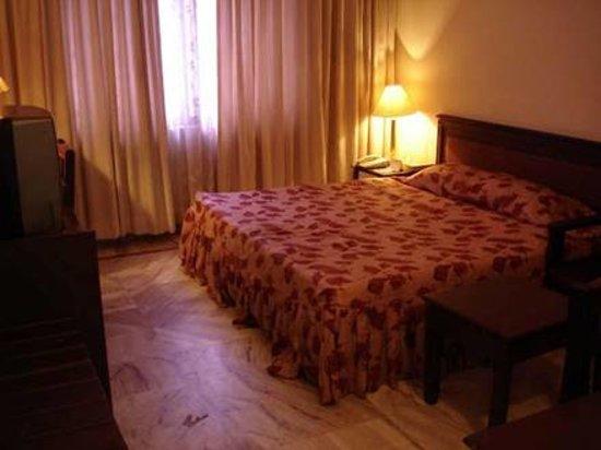 Sakithyan Hotel