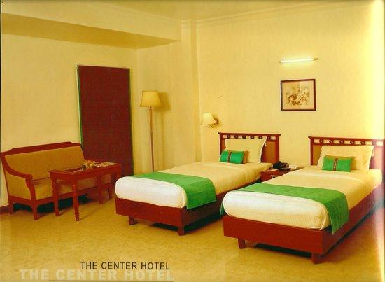 The Center Hotel : The Avenue Center