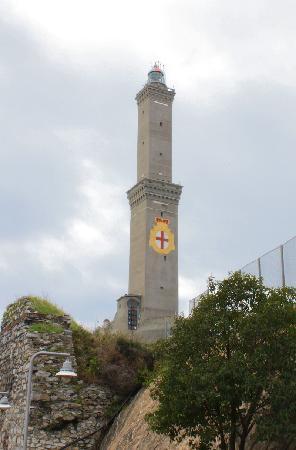 Genoa, Italy: La Lanterna di Genova