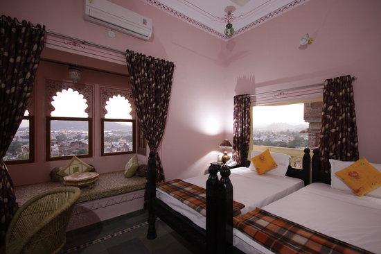 Hotel Kuraber Kothi Udaipur