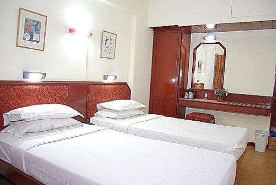Hotel Sabari's Nest