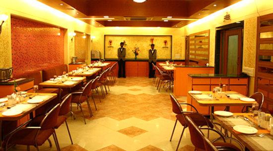 Goa Woodland Hotel, Hotels in Chandor