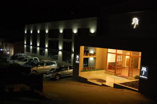 Raahat Inn