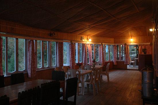 Zharna Waterfall Resort : Zharna Waterfall Village Resort