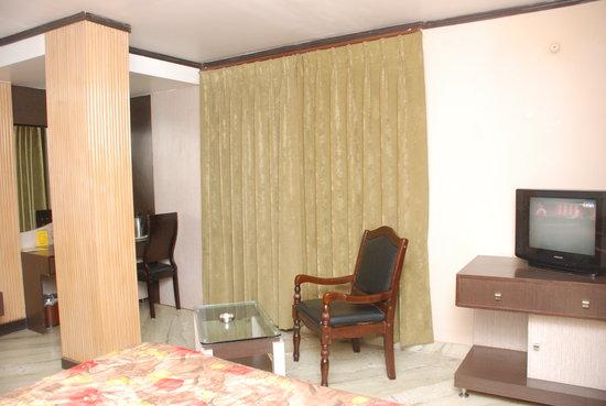 Hotel Crystal Residency