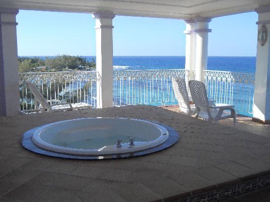 balcony view jacuzzi suite picture of clubhotel riu ocho rios ocho rios tripadvisor. Black Bedroom Furniture Sets. Home Design Ideas