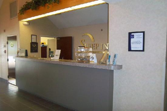Sleep Inn Front Desk
