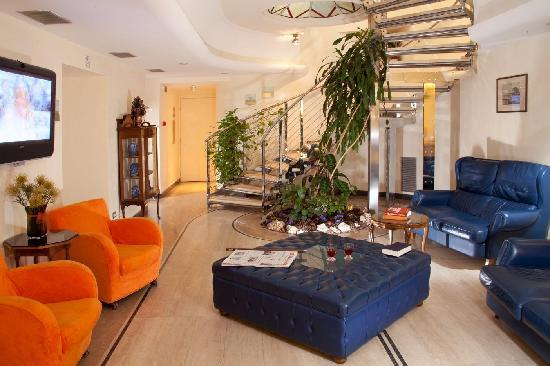 Windrose Hotel: Salone