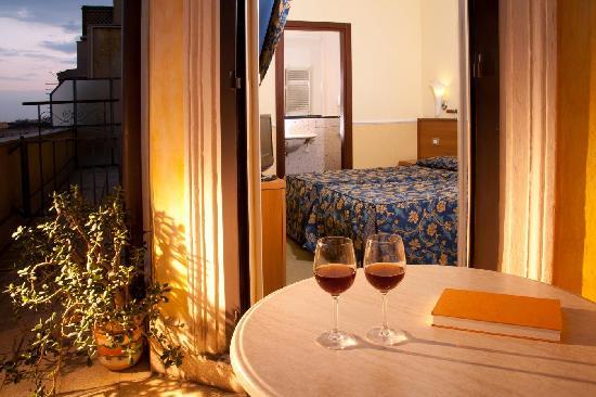 Windrose Hotel: Camera Doppia con Terrazza