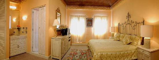 Villa Mirasol Hotel: Romantic honey moon suite