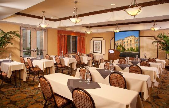 Ayres Hotel Chino Hills: Meeting Space