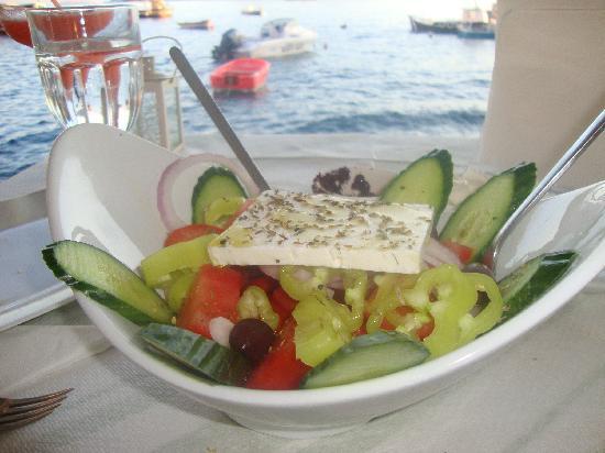 Tis Pandoras: Feta chesse salad