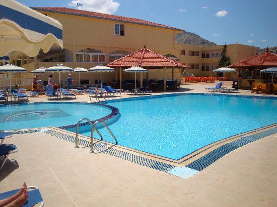 Fantasy Hotel: Mooi zwembad