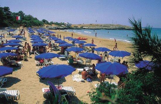 Defensola, Itália: spiaggia convenzionata