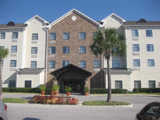 Staybridge Suites Tampa East - Brandon: Frontage of the hotel