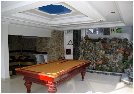 Medellin Executive Hotel: Executive Pool Table