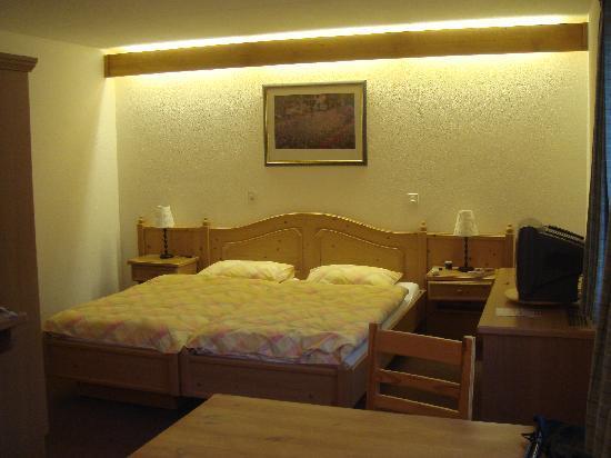 Hotel Roc et Neige: Room 211