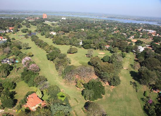 Lambare, Paraguai: Vista aérea campo de Golf