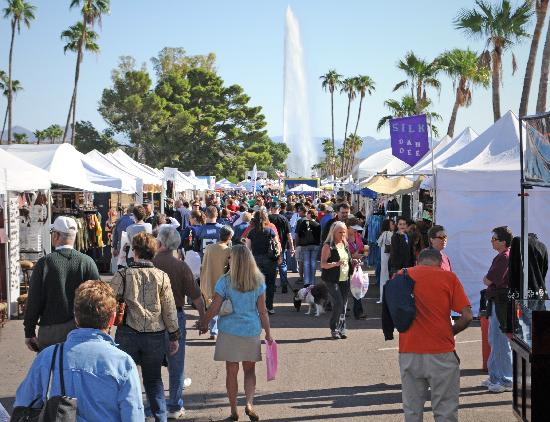 Fountain Hills, AZ: Fountain Festival of Arts & Crafts - November
