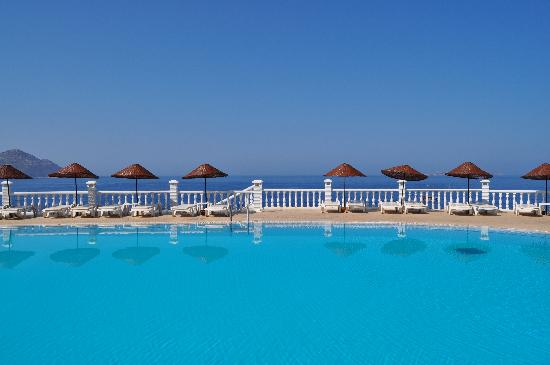 Aquapark Hotel: View from poolside