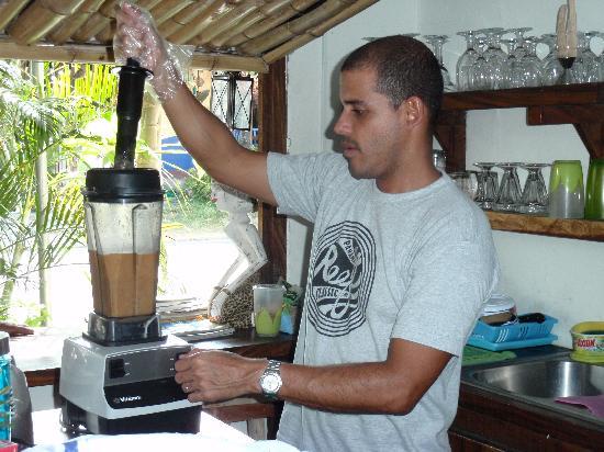 Maudy's Cafe: edgardo