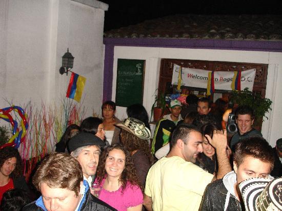 Destino Nomada - DnHostel Bogota : Independence party