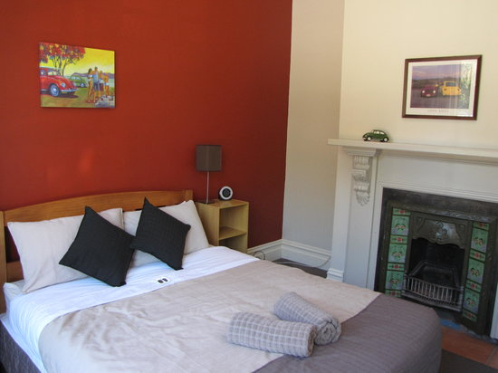 The Bug Backpackers: Our cozy little room