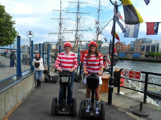 Glidetours : Where's Wally??!