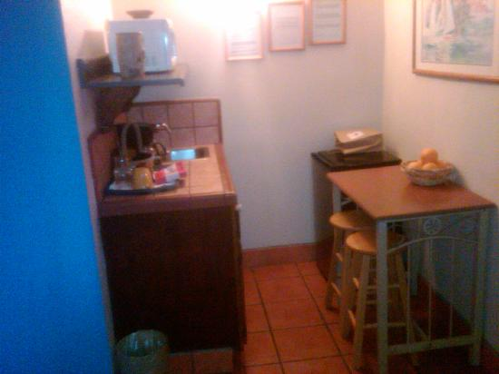 Villa Brasil Motel: Kitchenette