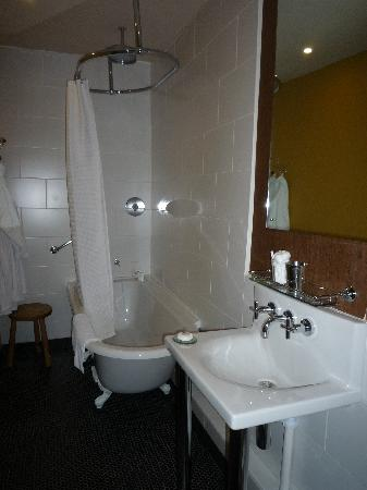 The Kings Arms: Room 1 Bathroom