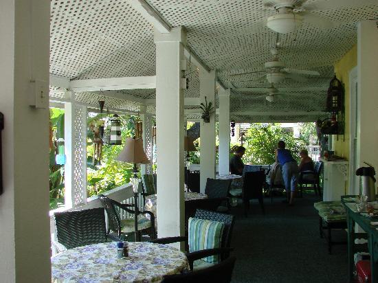 La Veranda Bed & Breakfast: breakfast veranda