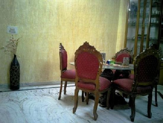N.Homestay: Dining Area